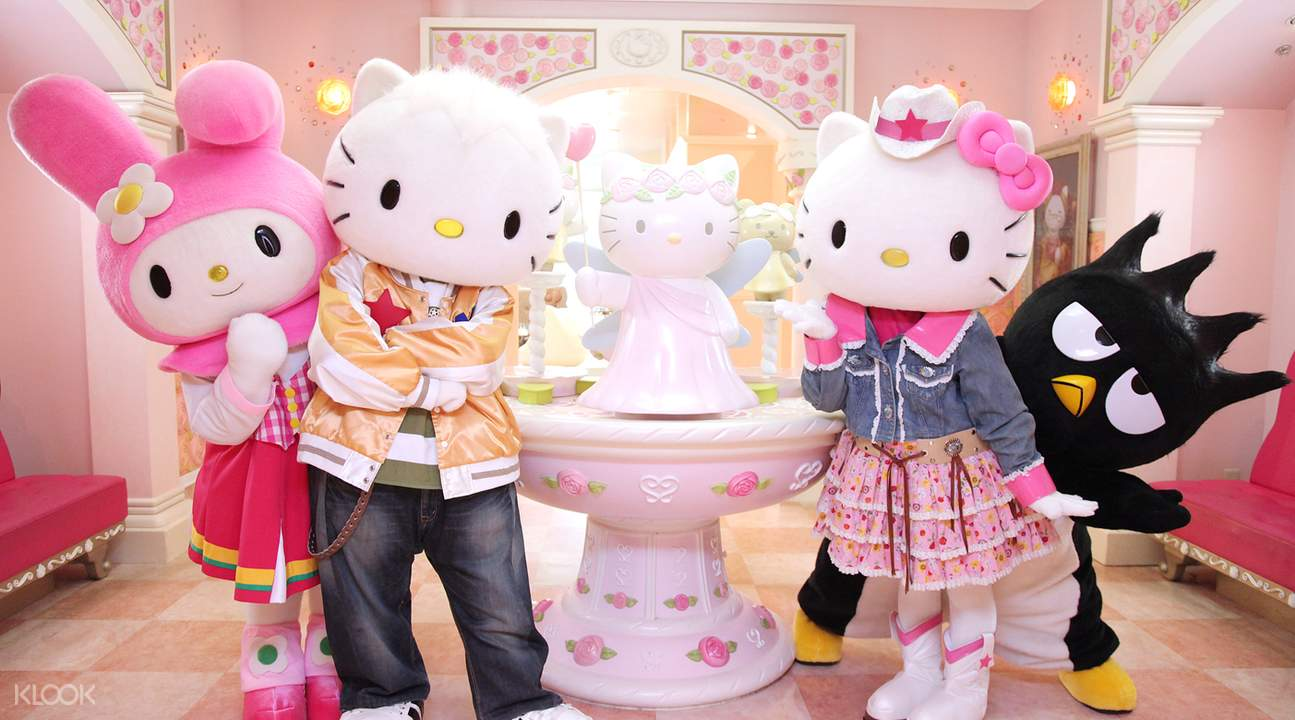 sanrio characters in hello kitty town